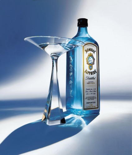 Thumb_bombaysapphire_key_visual